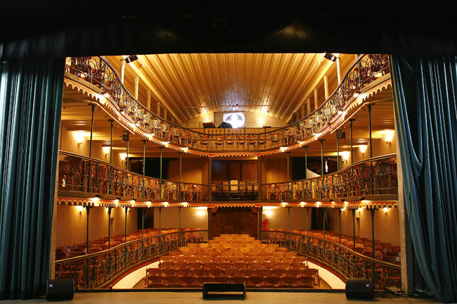 O Teatro Municipal mais antigo do país | Ouro Preto