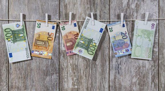 Como gerenciar seu dinheiro durante a viagem (ou quanto custa para você ser feliz?)