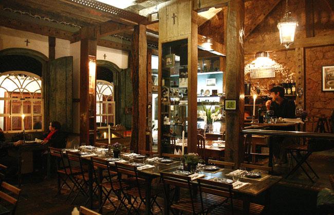 Restaurante Tragaluz: a sobremesa, por favor!