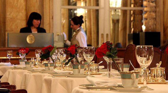 Buenos Aires: chá da tarde no clássico Hotel Alvear