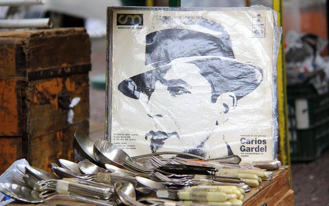 Feira de San Telmo: antiguidades, badulaques e os melhores personagens de Buenos Aires