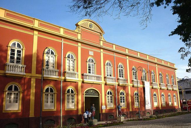 Cinco atrações grátis e estreladas em Manaus
