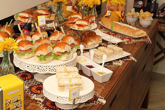 Festa do Sanduiche Buffet Montado Como organizar festas