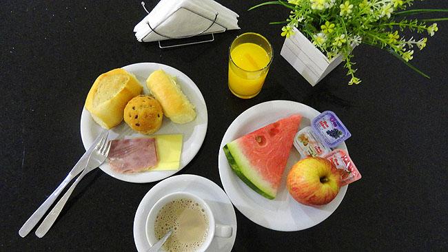 Hospedagem economica Sao Luis Hotel Soft Inn CAFE DA MANHA