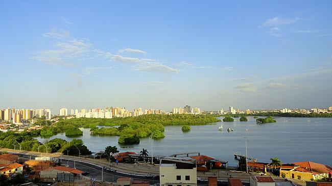 Hospedagem economica Sao Luis Hotel Soft Inn vista da lagoa
