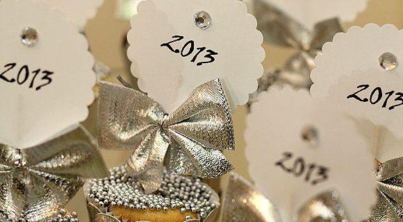 Ano Novo: decoração prata com dicas fáceis e econômicas para comemorar em família e receber os amigos