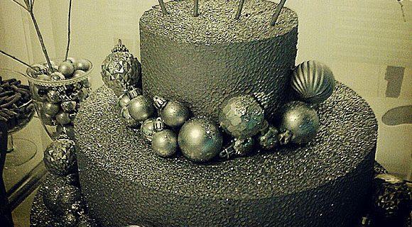Como fazer um bolo falso criativo em apenas quatro passos