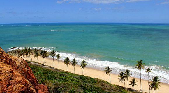 Hotel Ibis em João Pessoa: hospedagem econômica na praia de Cabo Branco