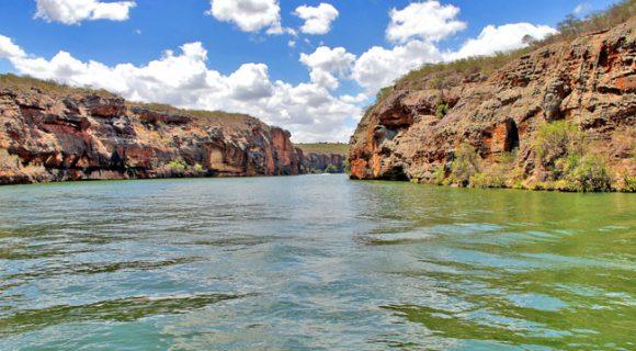 Cânion do Xingó: como visitar o belíssimo atrativo que projetou o Sergipe no mapa turístico nacional