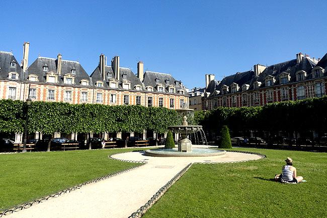Place des Vosges Paris Turismo 04
