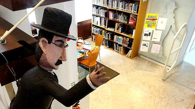 Casa Fernanda Pessoa Lisboa - Biblioteca 1