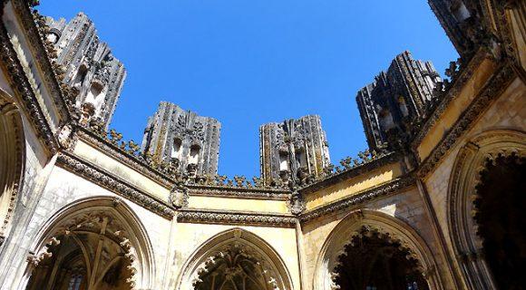 Mosteiro da Batalha: guia prático para visitar o monumento que marcou a história de Portugal
