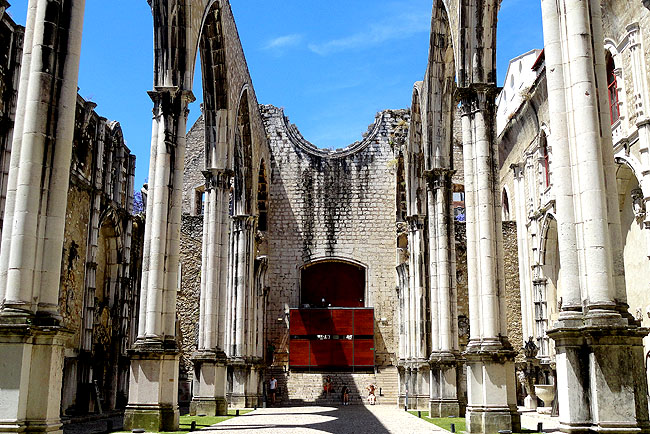Ruinas do Carmo - Lisboa Portugal 04