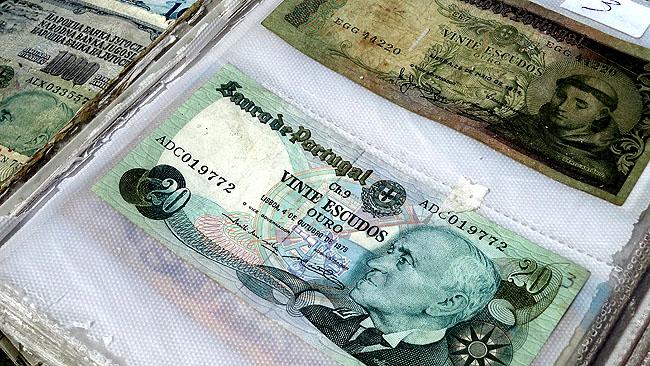Feira da Ladra Lisboa - Dinheiro