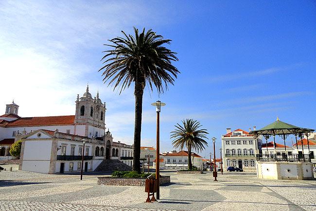 Nazare Portugal praca principal