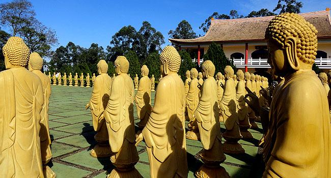 Templo Budista Foz do Iguacu 108 estatuas budas 01