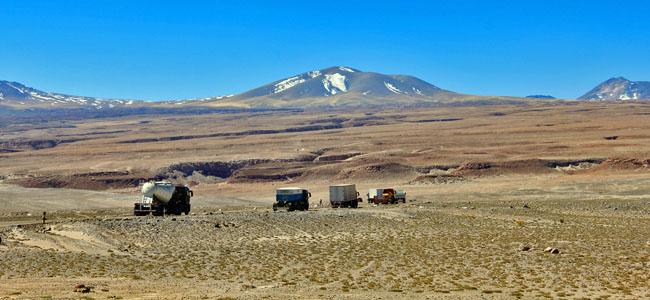 Deserto Atacama Caminhoes Ford Comboio