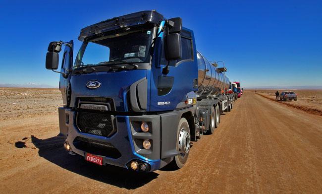 Deserto Atacama Caminhoes Ford Geral