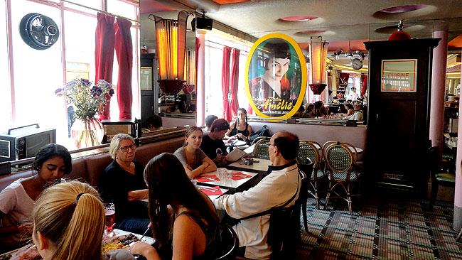 Paris   Café da Amélie Poulain: ponto de peregrinação em Montmartre