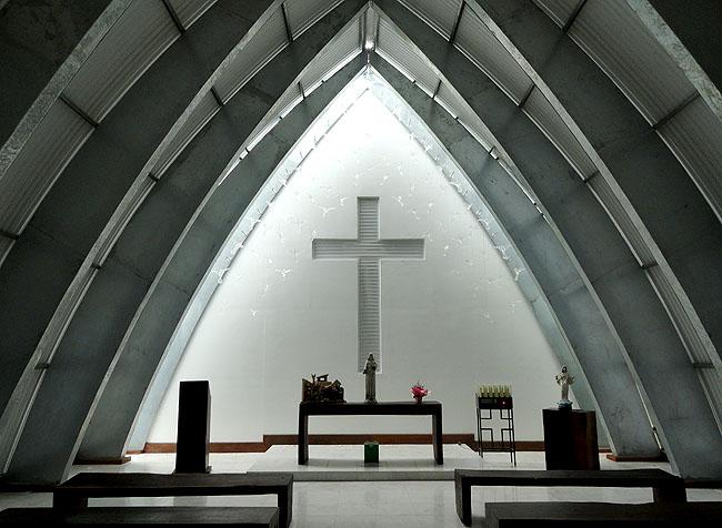Santuario Santa Paulina Nova Trento SC - Capela N. S. Rainha da Paz