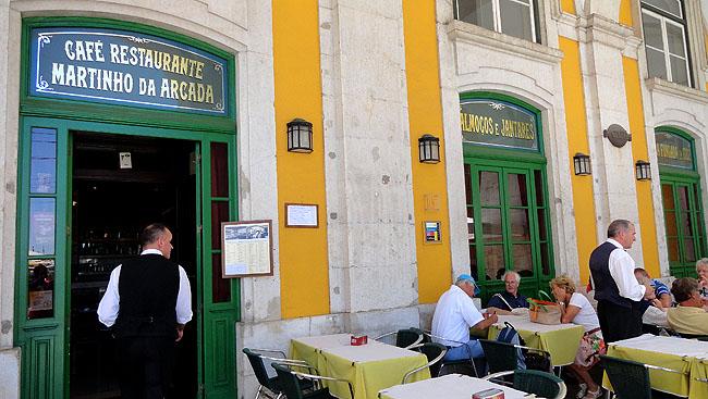 Lisboa bairro a bairro Baixa Cafe Martinho da Arcada