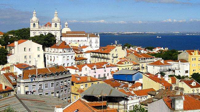 Lisboa bairro a bairro Alfama Vista do Miradouro