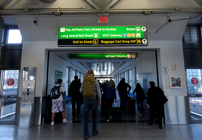 Como ir do aeroporto JFK Nova York a Manhattan Airtrain