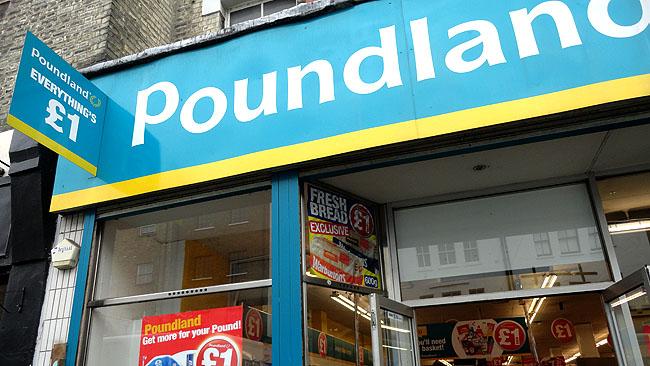 Supermercados em Londres Poundland 1