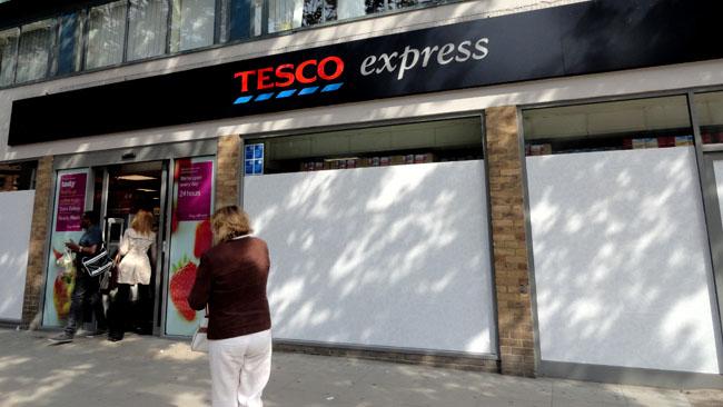 Supermercados em Londres Tesco 3