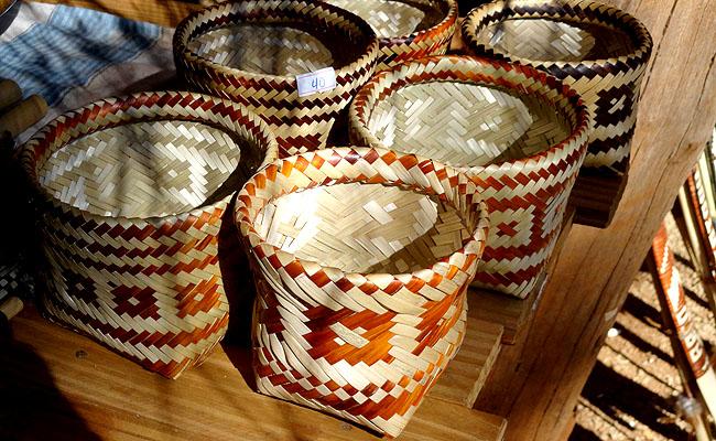 la aripuca puerto iguazu artesanato indigena