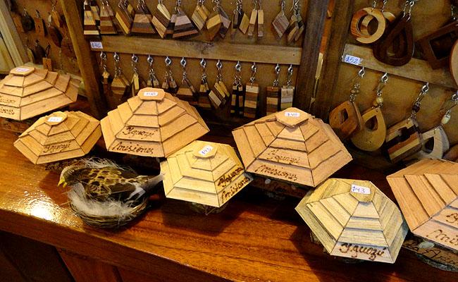 la aripuca puerto iguazu  souvenir