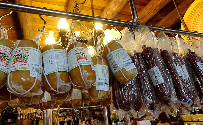 Vinhos Durigan Santa Felicidade Curitiba queijos salames