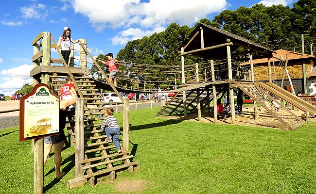 Parque Historico de Carambei parqueinho infantil