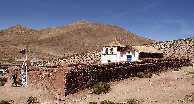 geiseres-el-tatio-pueblo-machuca