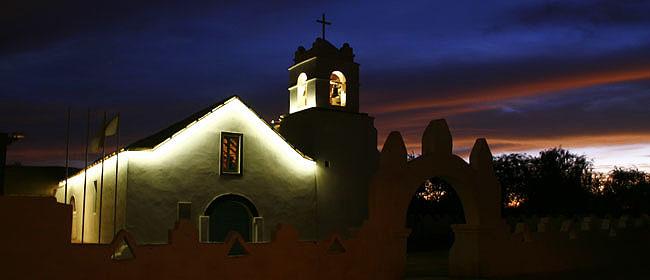 atacama-igreja-noite