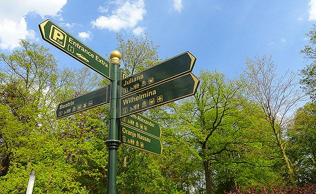 como-visitar-o-keukenhof-jardim-de-tulipas-holanda-placas-indicativas