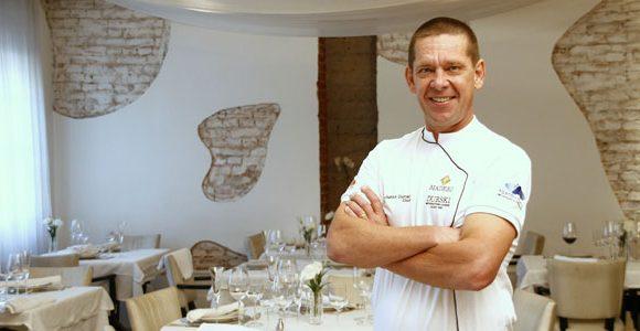 Junior Durski de Curitiba no Guia Quatro Rodas 2010: eleito o restaurateur do ano