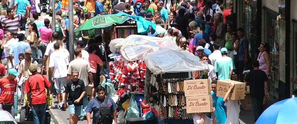 acaacc07a184a Mas comprar produto bacana, com procedência e por preços abaixo da média é  o verdadeiro luxo. Em São Paulo, temos vários pólos de comércio popular, ...