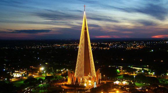Catedral de Maringá: Natal de Luz