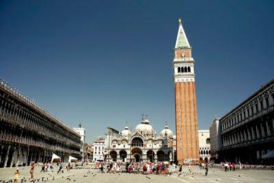 Veneza: cotidiano anfíbio